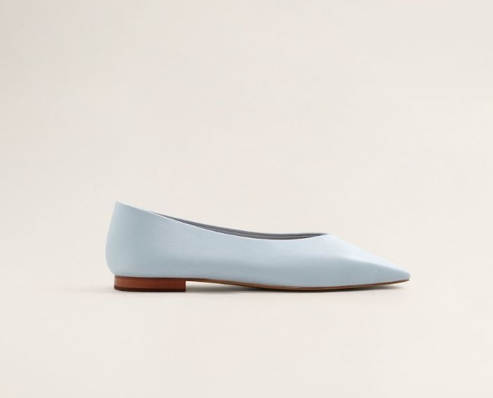 b5a92a5e6 The 20 Best Flats for Work That Are Stylish and Comfortable