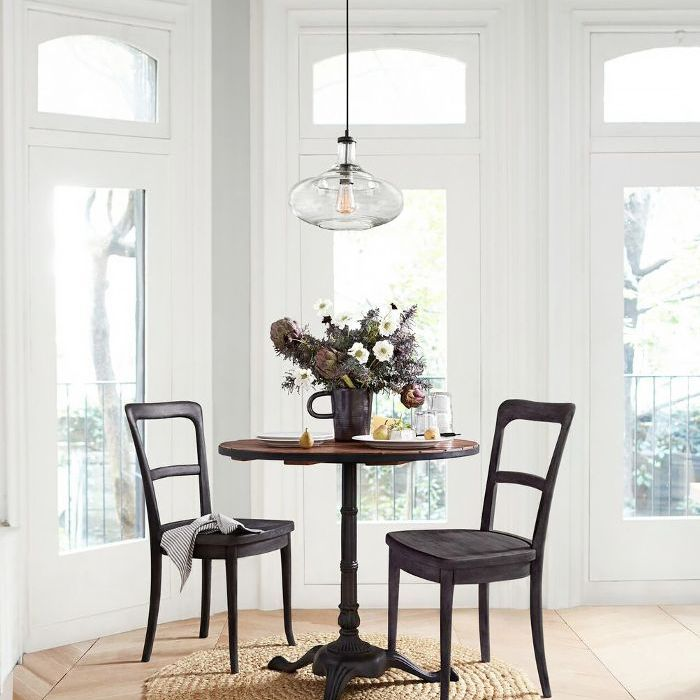 how to decorate a small space—dining room