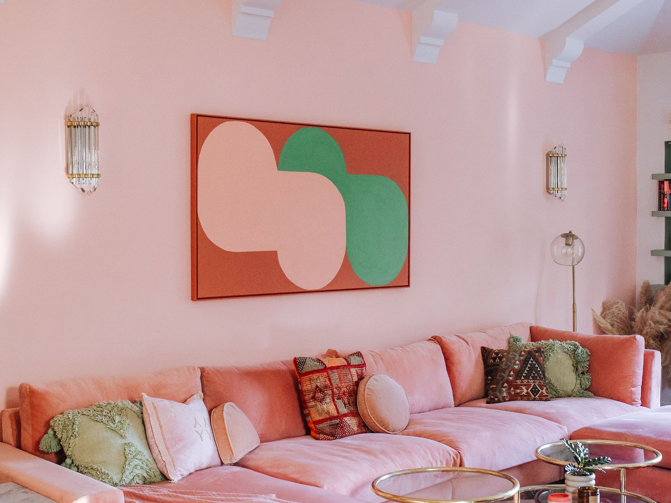 32 Pastel Living Rooms to Inspire Your Design