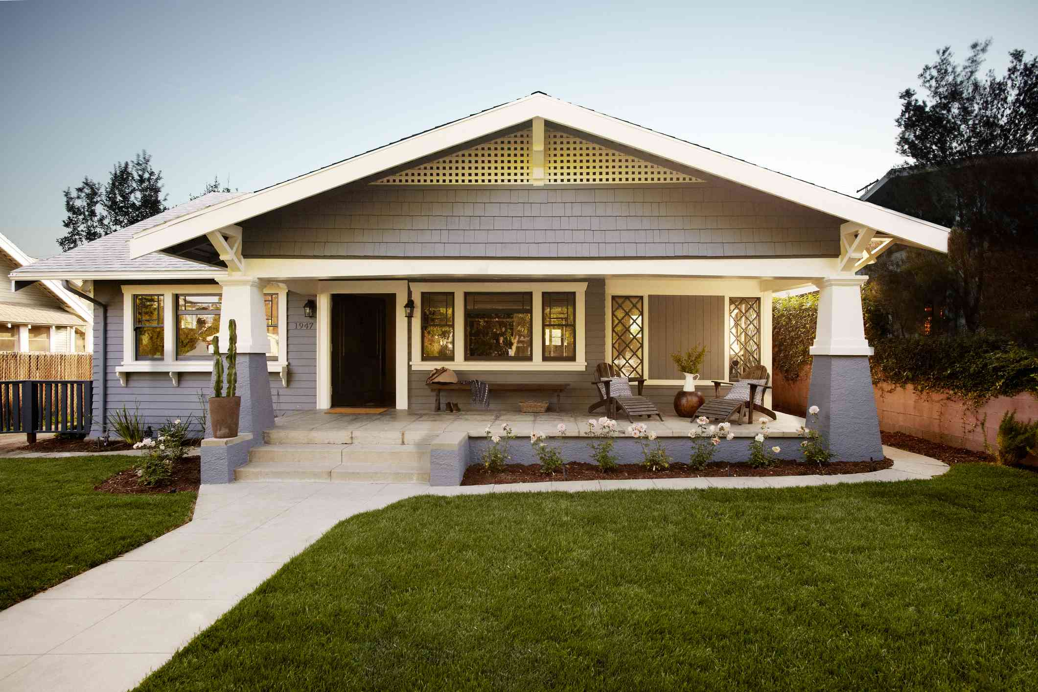 bungalow style craftsman home