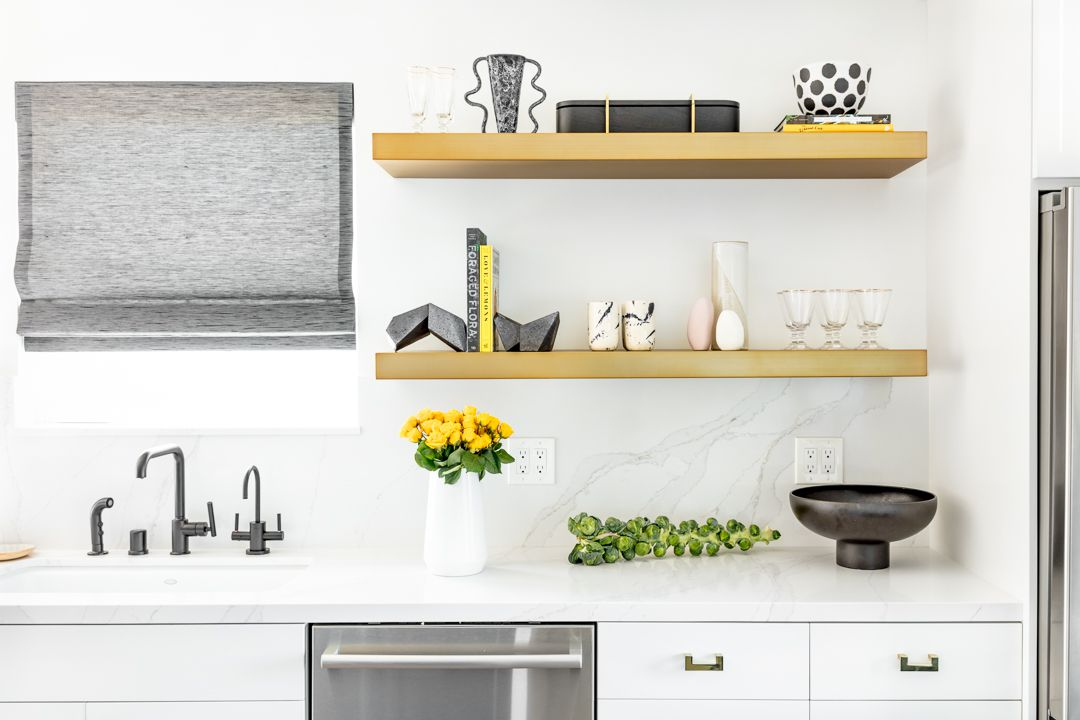 Interior Design Experts Reveal Their Favorite Open Shelving Kitchen Ideas,Price Tops Gold Earrings Designs For Daily Use