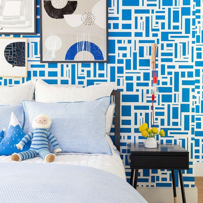 bright wallpaper—kids bedroom
