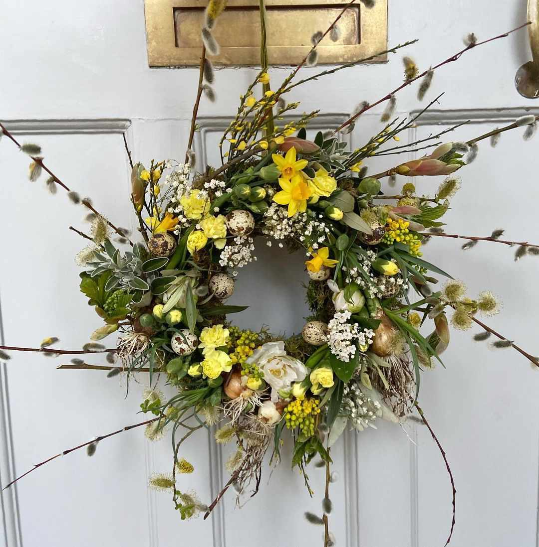 Blunty and Blooms spring wreath.