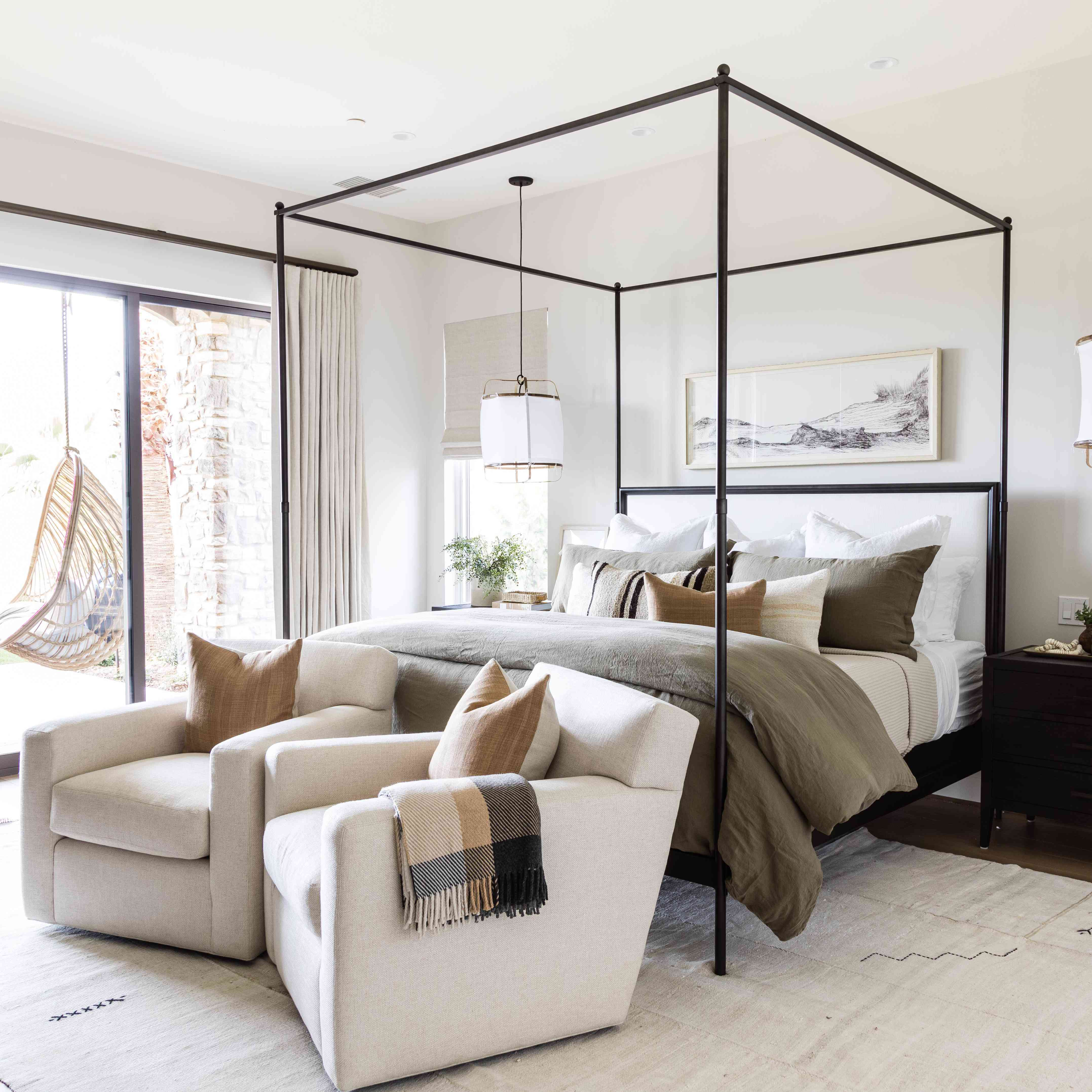 11 Designer-Approved Bedroom Layouts That Never Fail