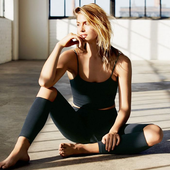 These 5-Minute Yoga Stretches Will Relieve Stomach Bloat ASAP