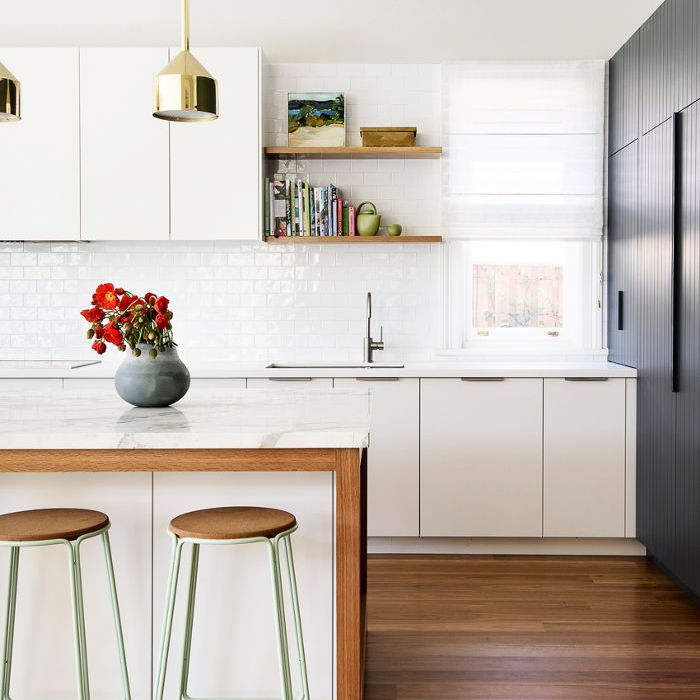 16 Two-Toned Kitchen Cabinet Ideas