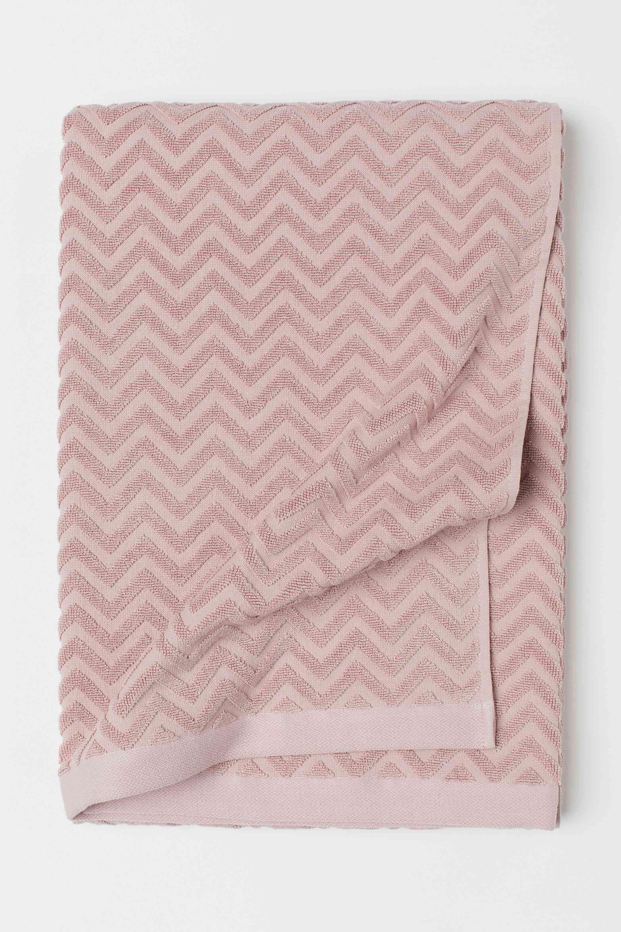 Jacquard-Weave Bath Sheet