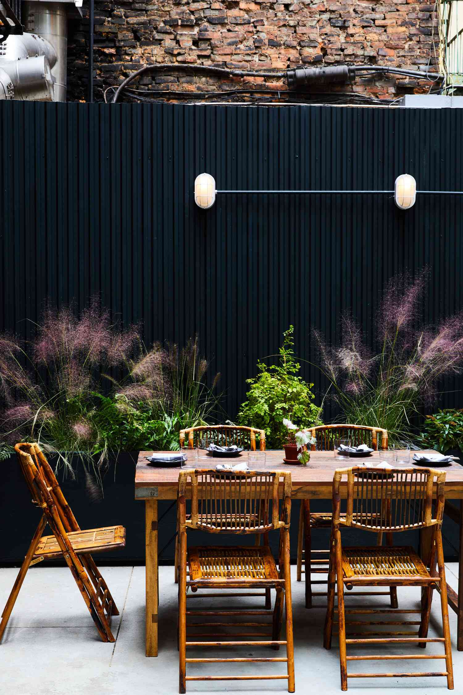bespoke only patio black