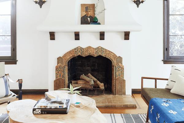 Chic vintage living room