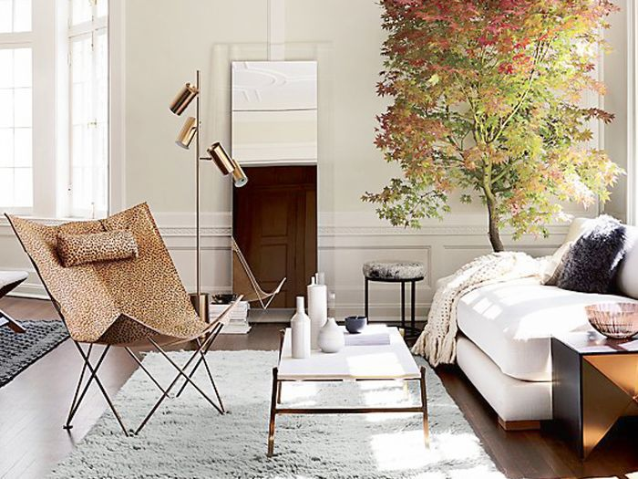 12 Large Floor Mirrors That\'ll Make Your Space Feel Huge