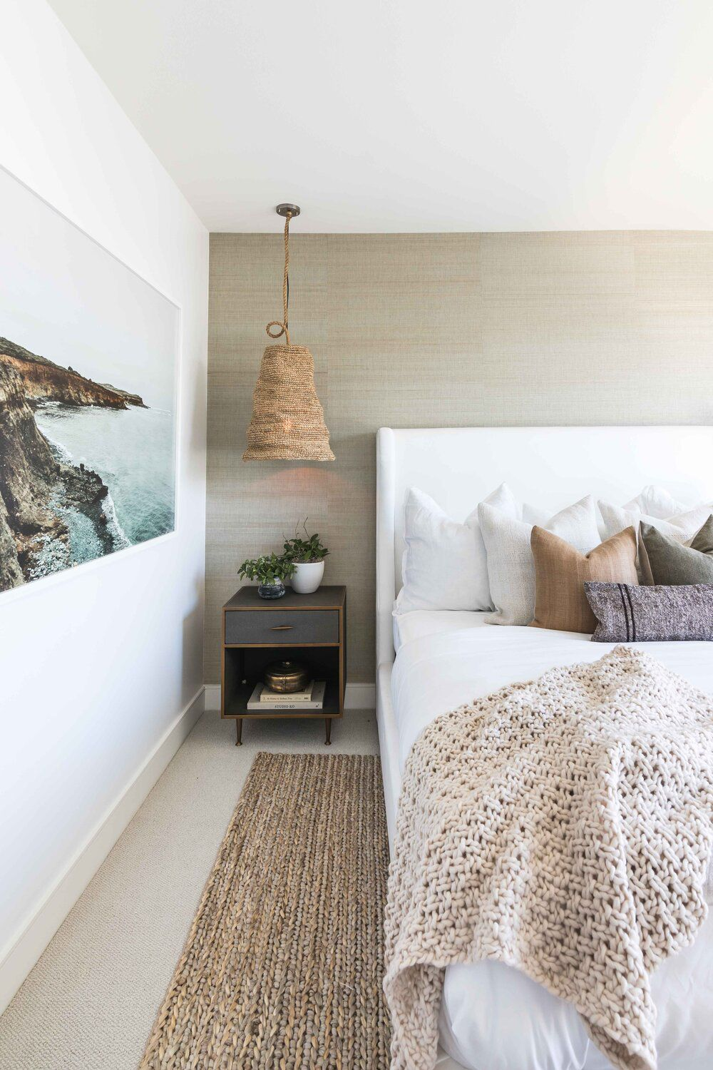 9 Beautiful Coastal Decor Ideas That Bring The Beach to You