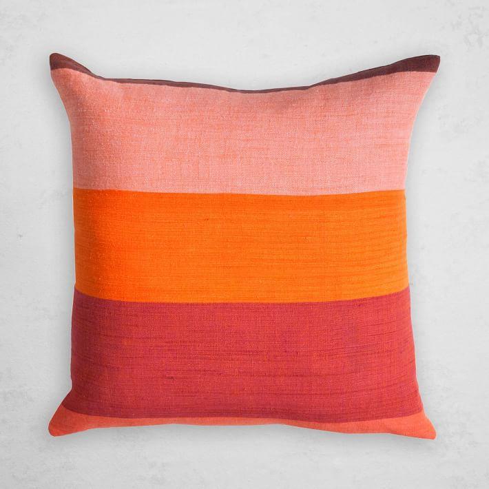 Pillow in Afar.