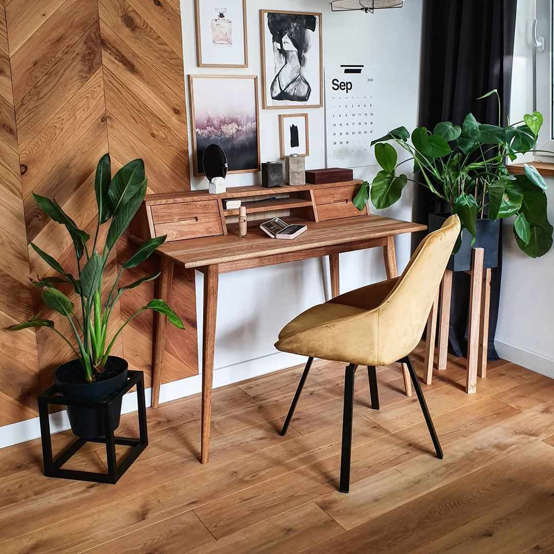 Small desk space with storage