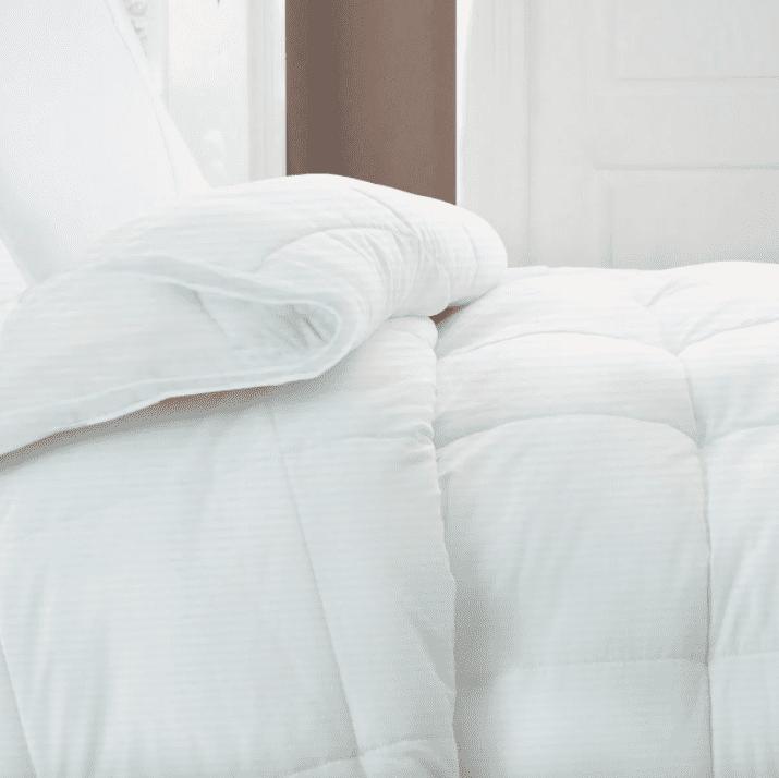 Riley White Goose Down Comforter