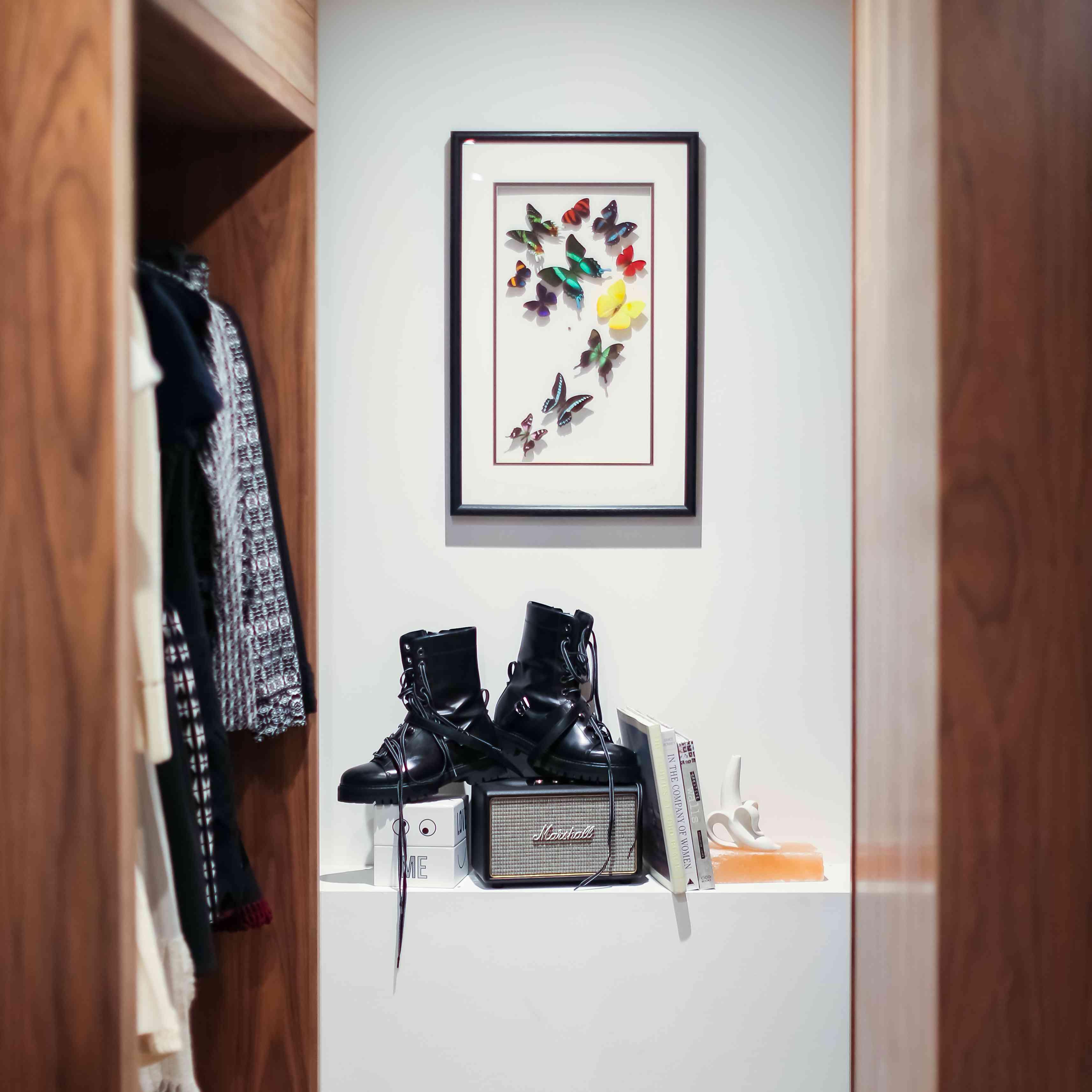 Closet Decorations