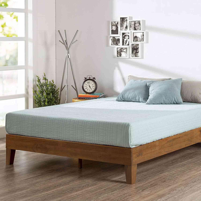 Zinus Alexis Wood Bed