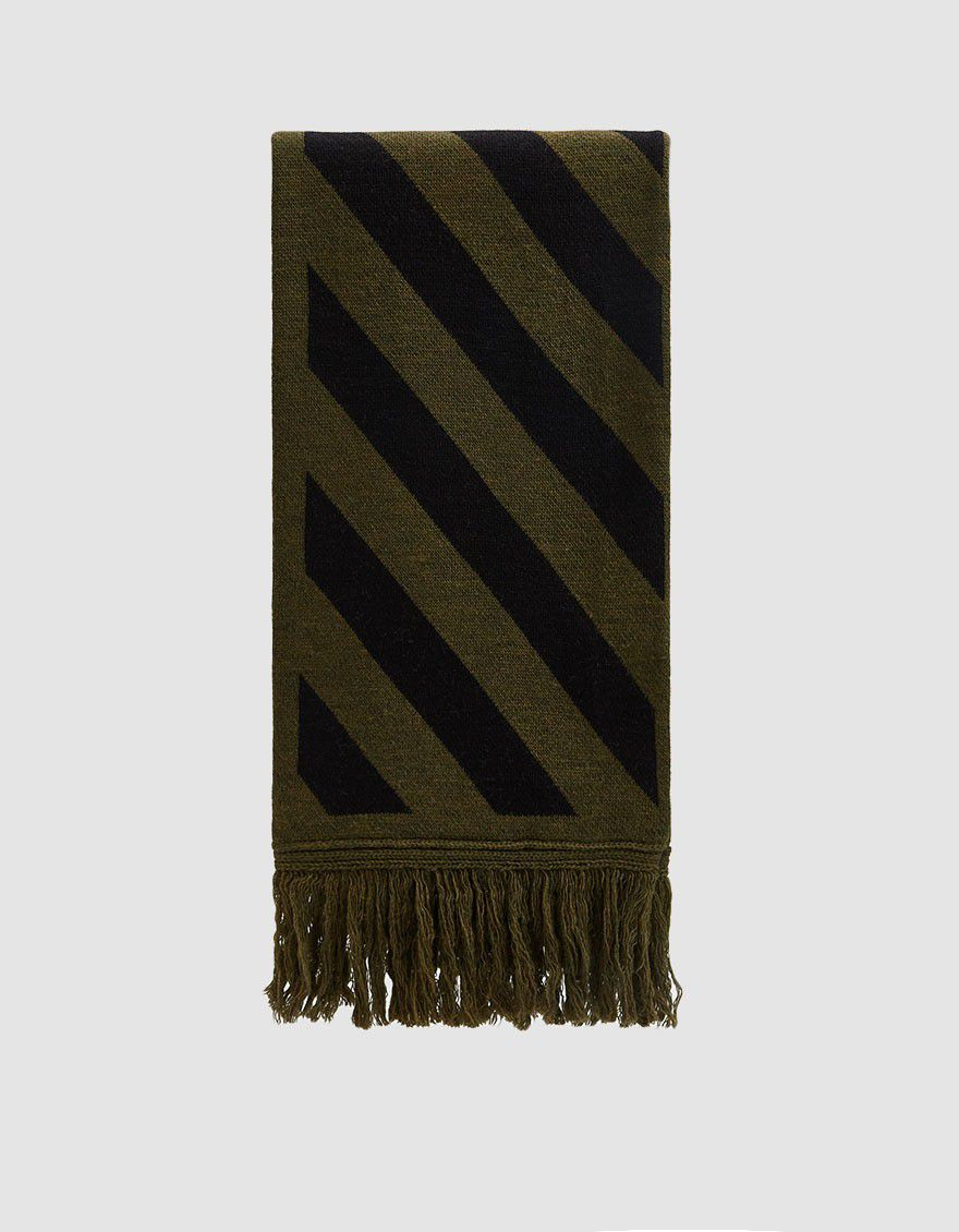 Diagonal Arrow Scarf in Military Green