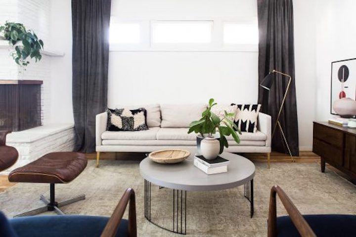 Neutral apartment living room.