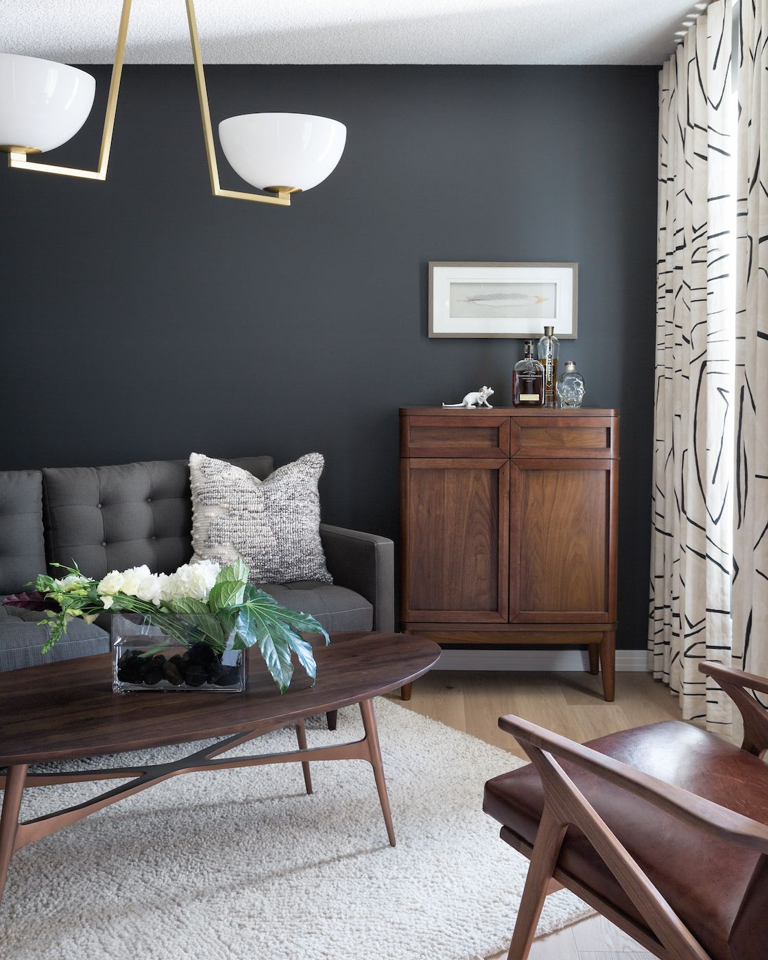 This is How to Choose the Right Paint Finish for Your Space Every Time