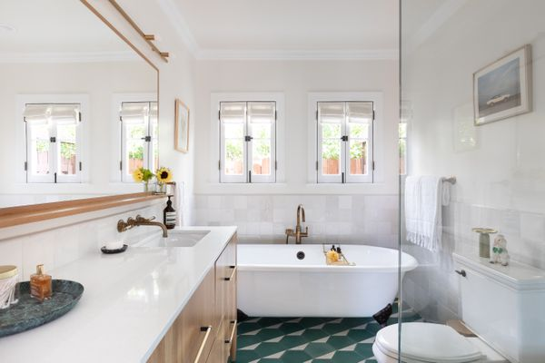 Makeover of the Week - Barbie Paolmino bathroom