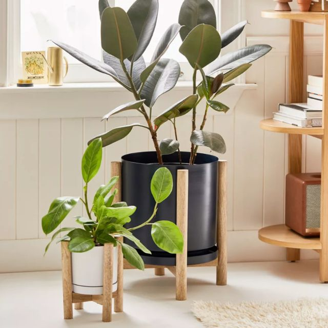 Carley Footed Planter