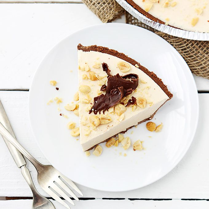 No-Bake Frozen Peanut Butter Pie