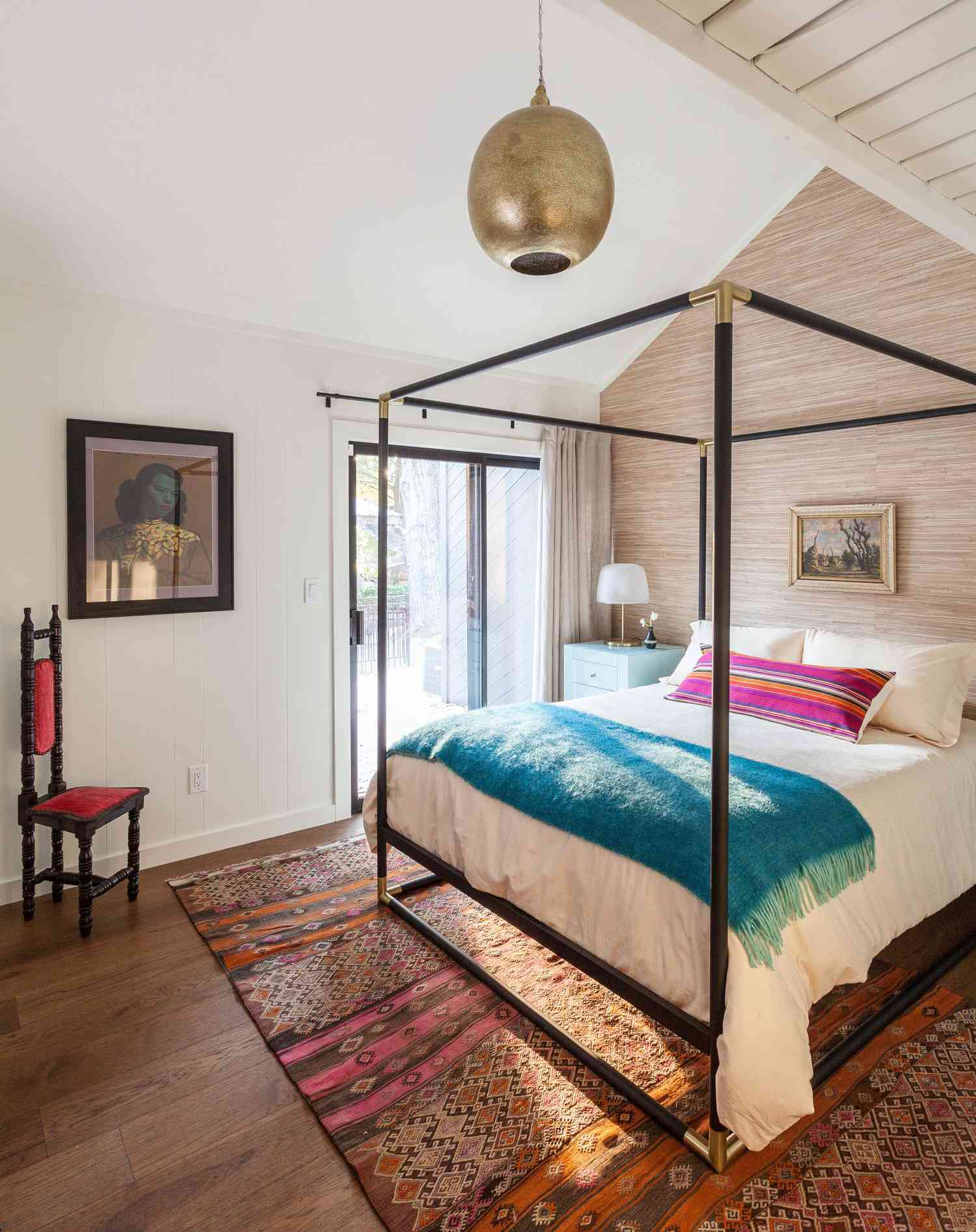 bedroom with four poster canopy bed
