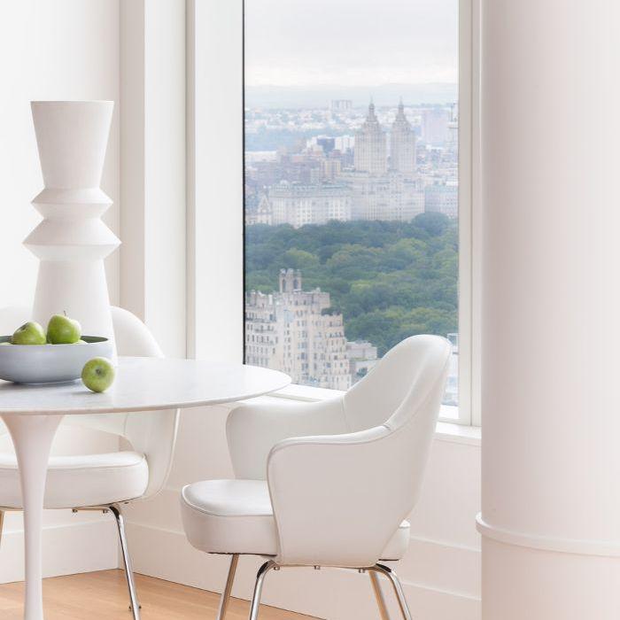 New York apartment—All-white breakfast nook
