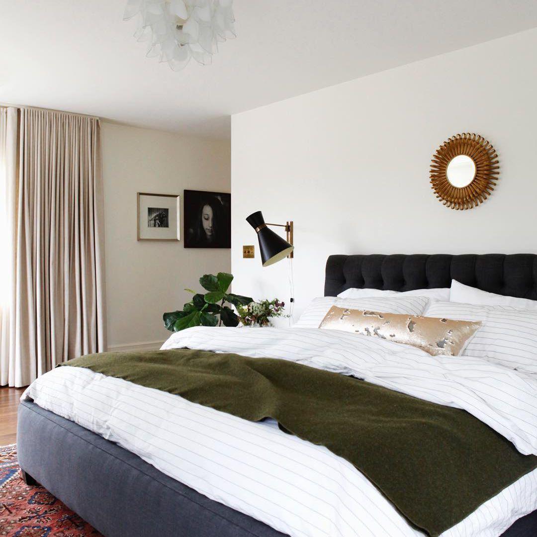 Midcentury modern bedroom
