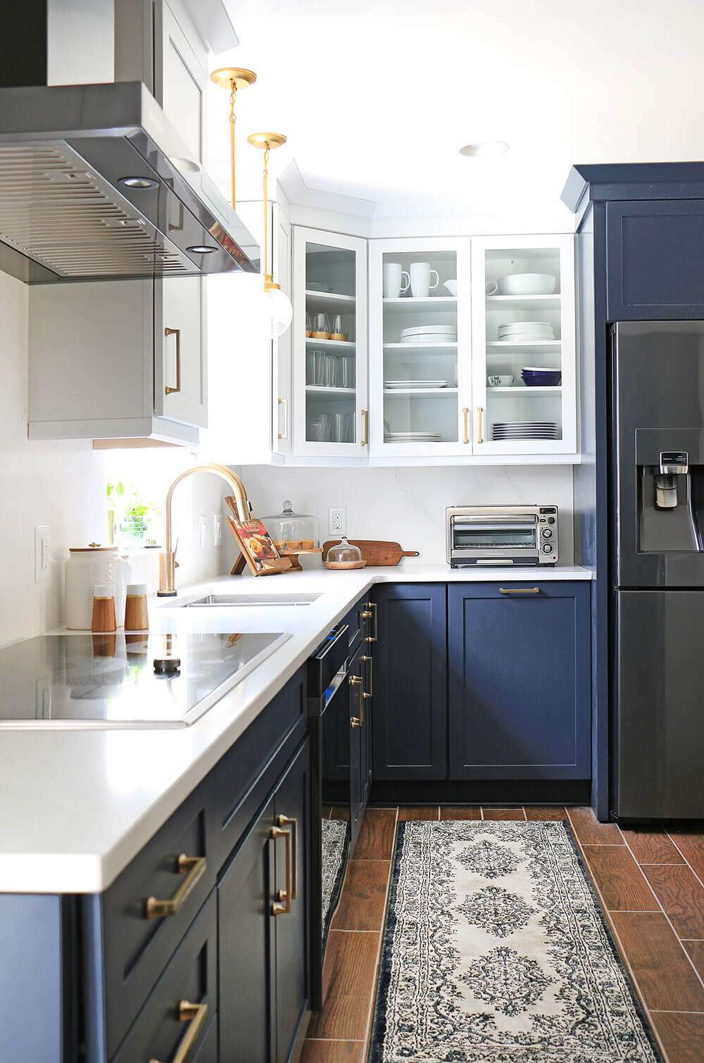 best kitchen ideas - two toned kitchen cabinets
