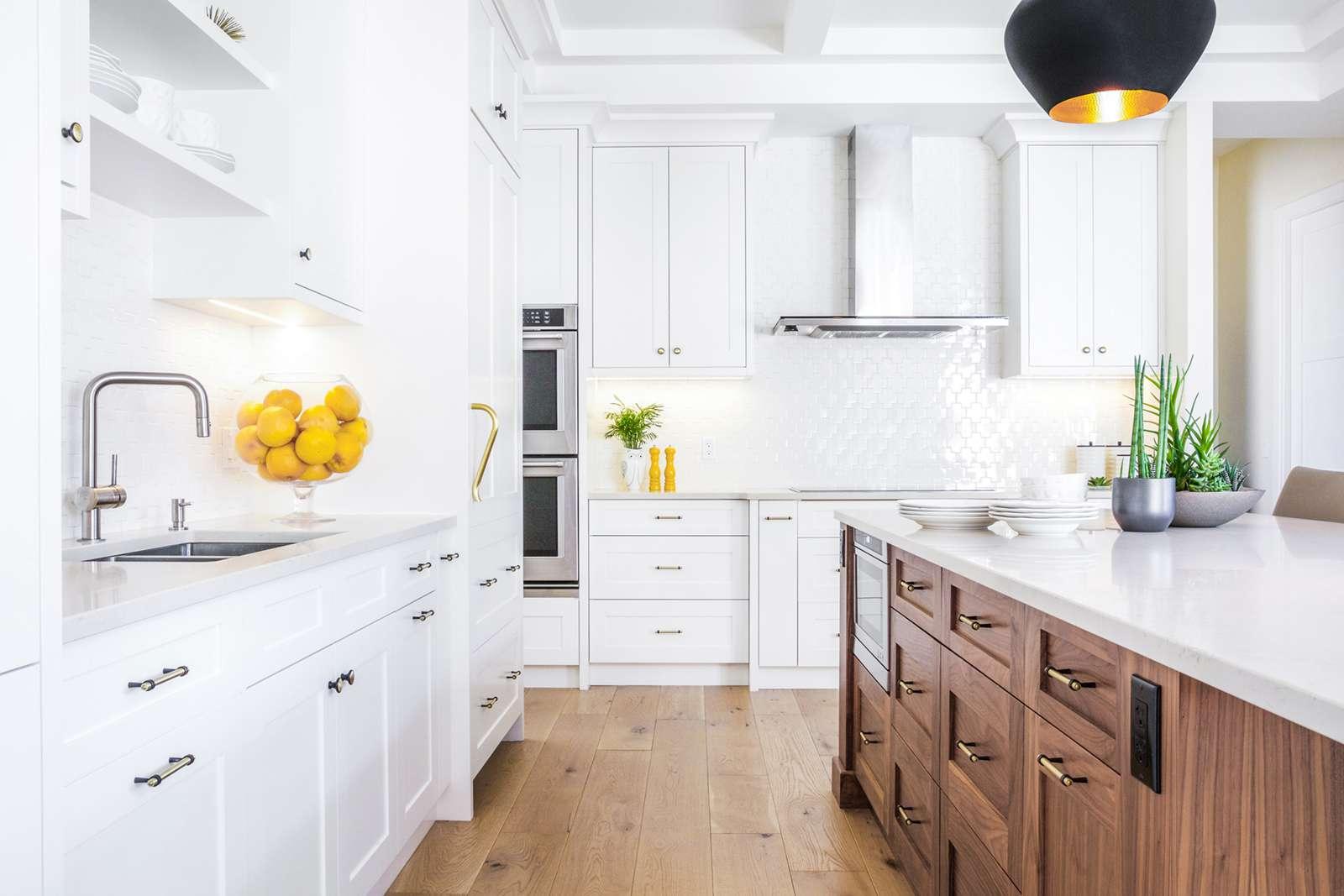 20 Standout Kitchen Cabinet Ideas