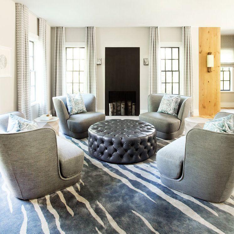sala de estar con una paleta de colores limitada