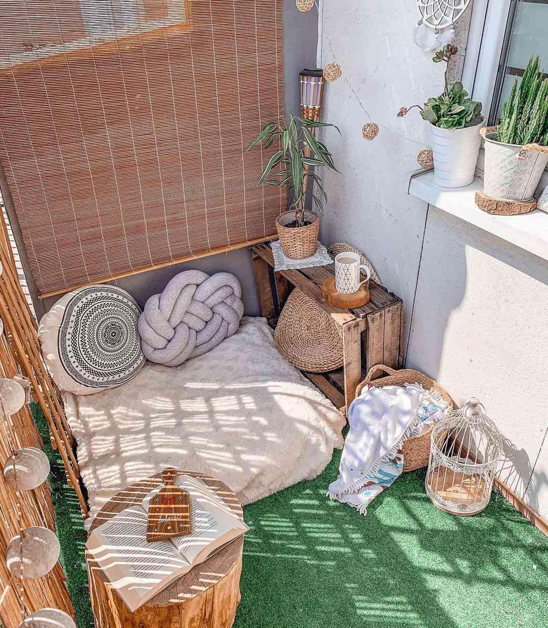 Balcony with floor cushion
