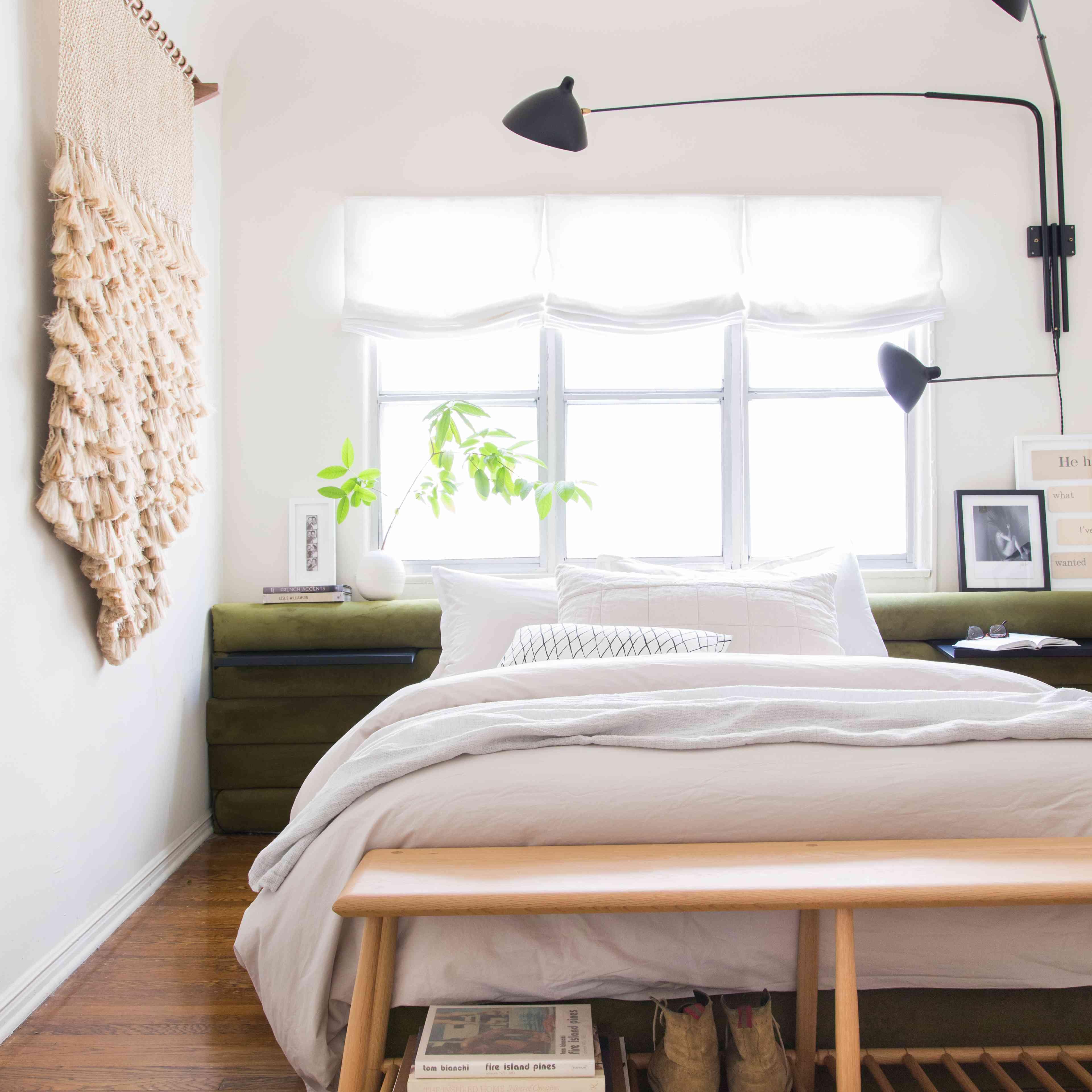 Rental bedroom with DIY bedframe