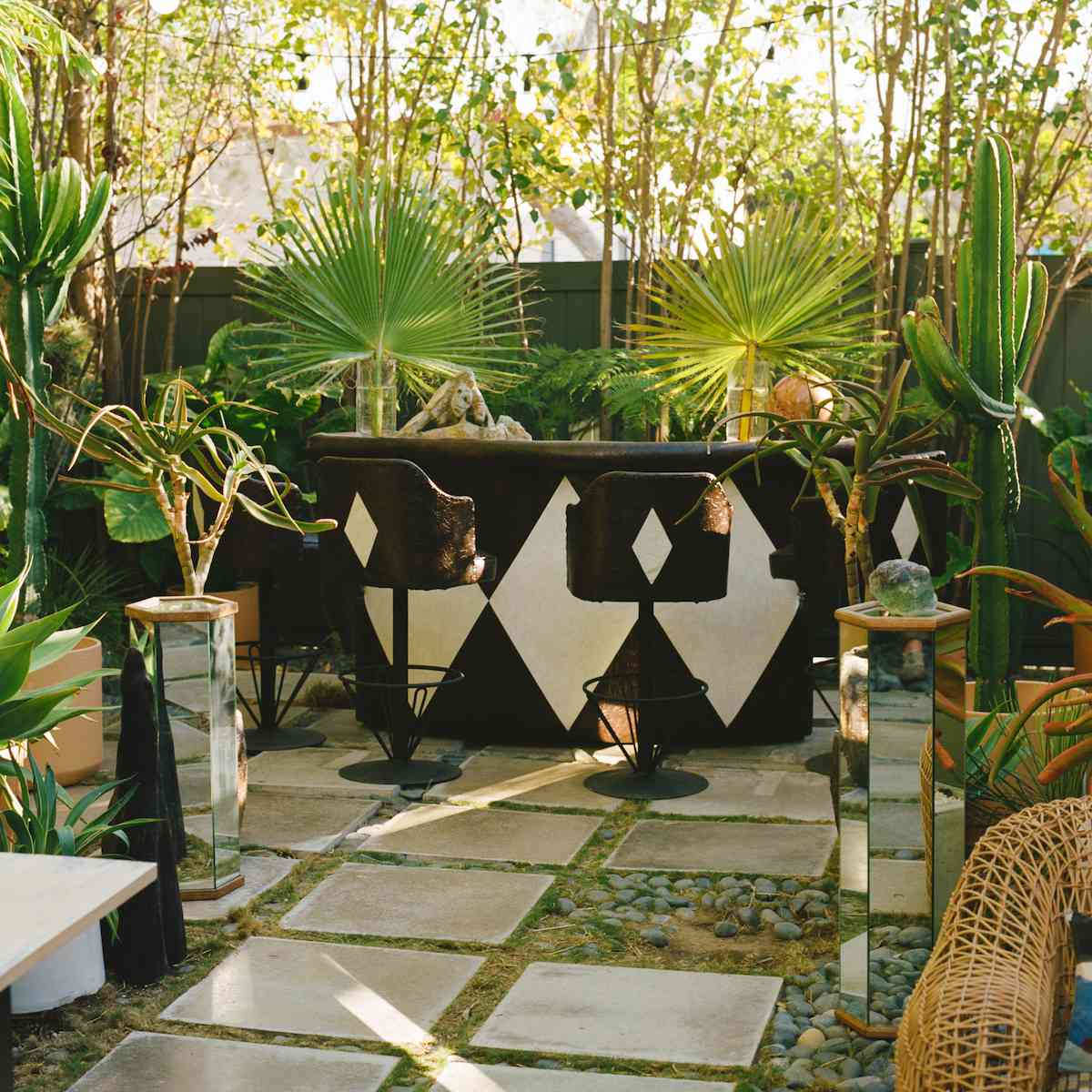 Outdoor bar with black and white color scheme