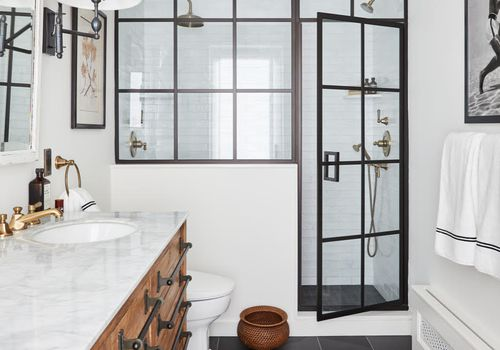 the one room i'll never forget - Meg Lavalette bathroom