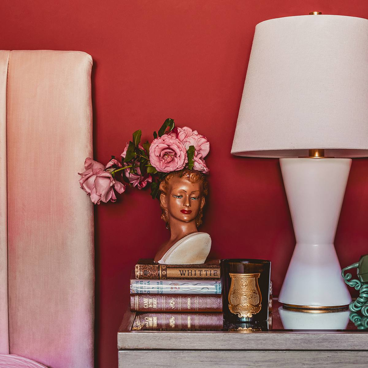 Dormitorio rojo: Claire Thomas