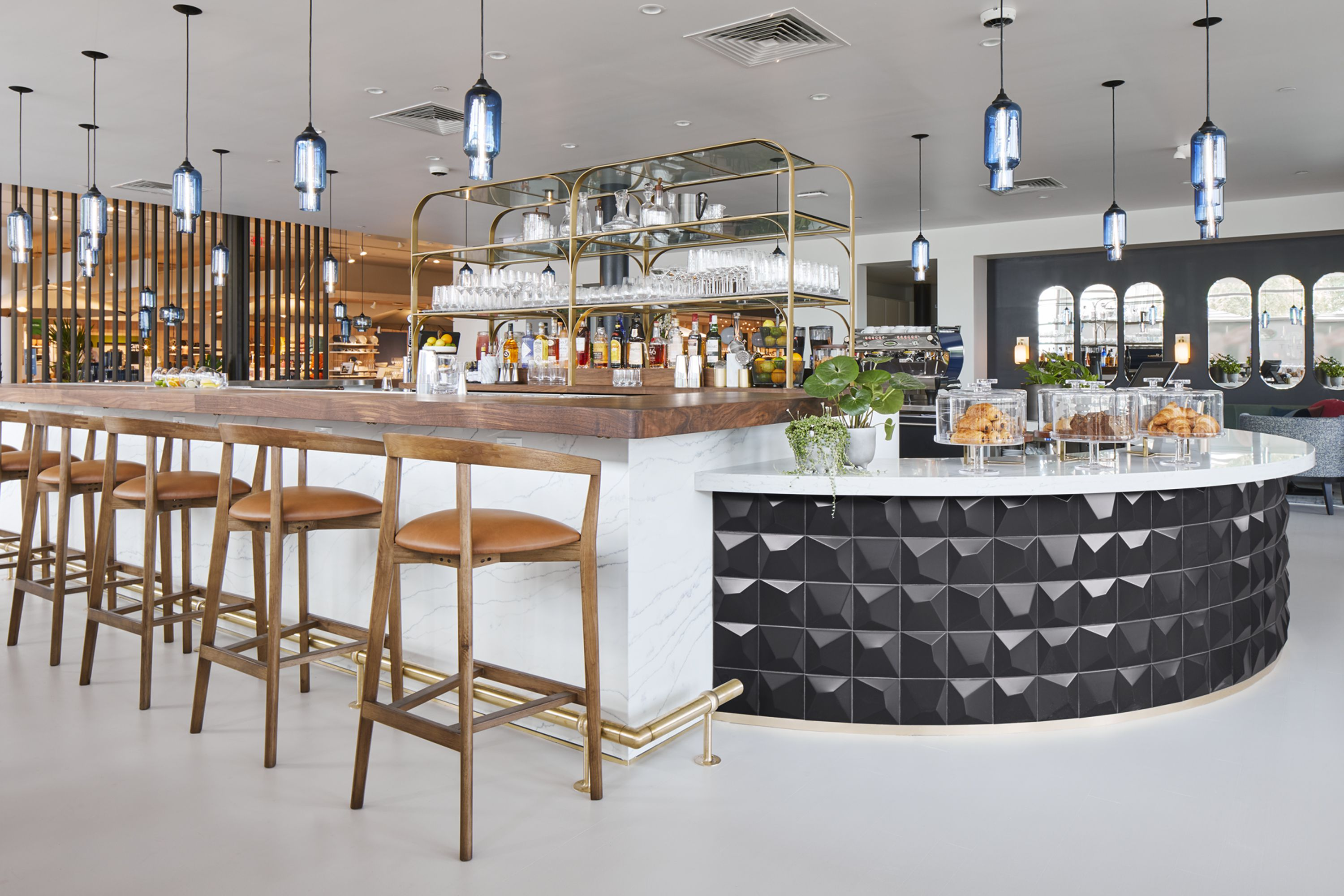 The Table At Crate Is Crate And Barrel S First Restaurant