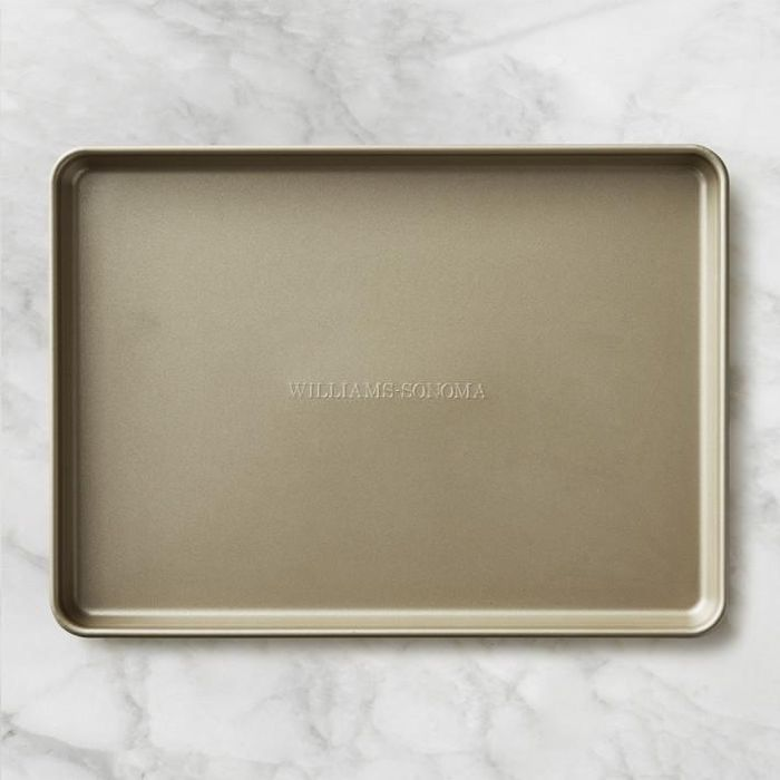 Williams Sonoma Goldtouch Nonstick Heavy Duty Sheet Pan