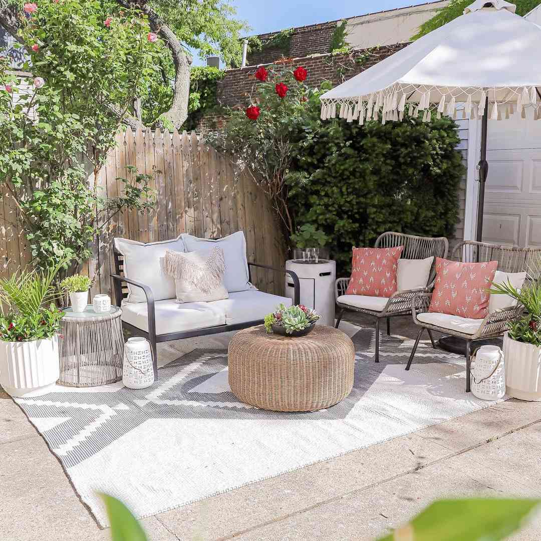Outdoor patio with rug