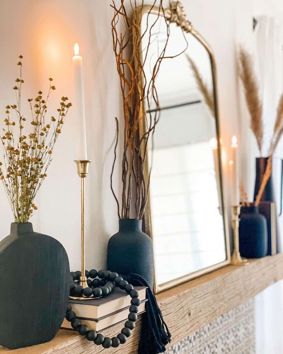 Black vases and beads