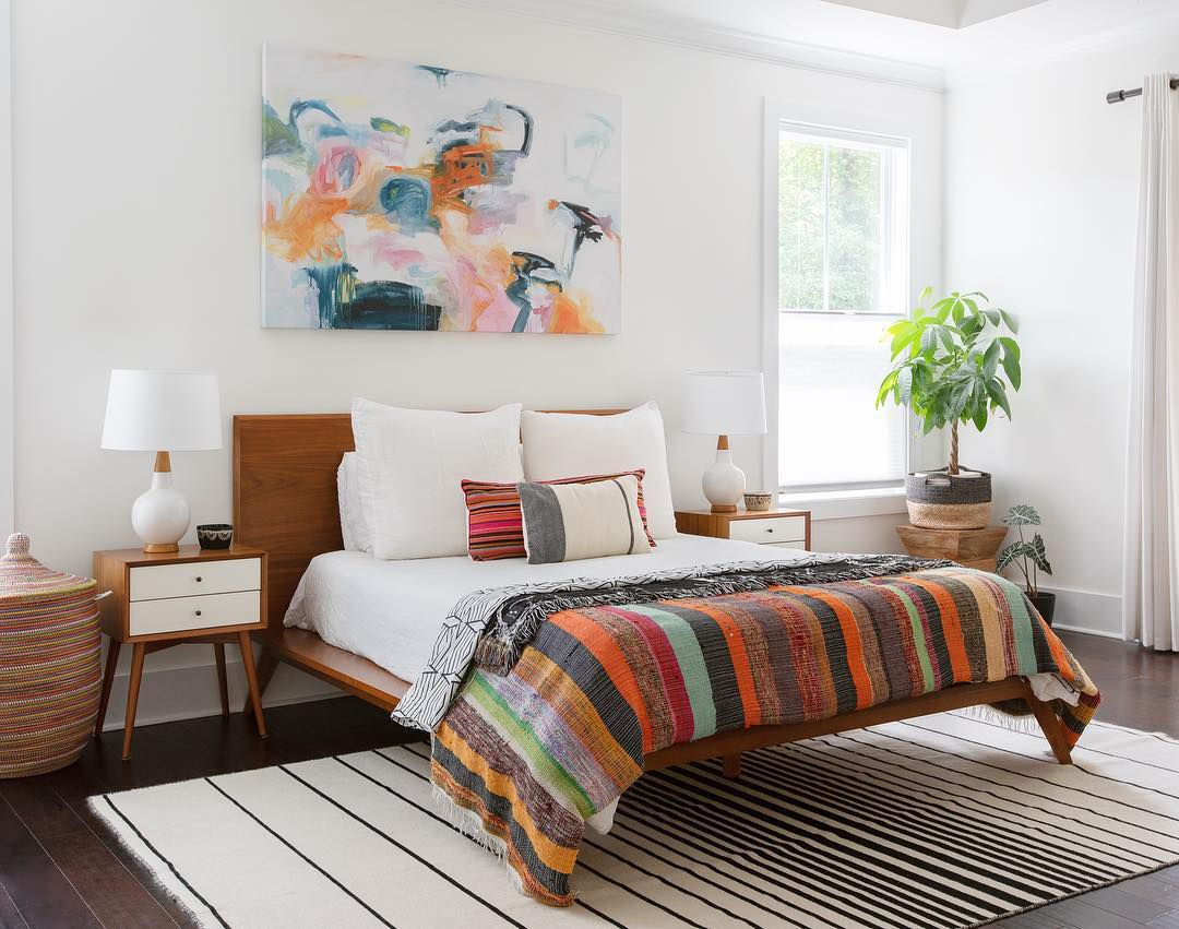 Colorful midcentury modern bedroom