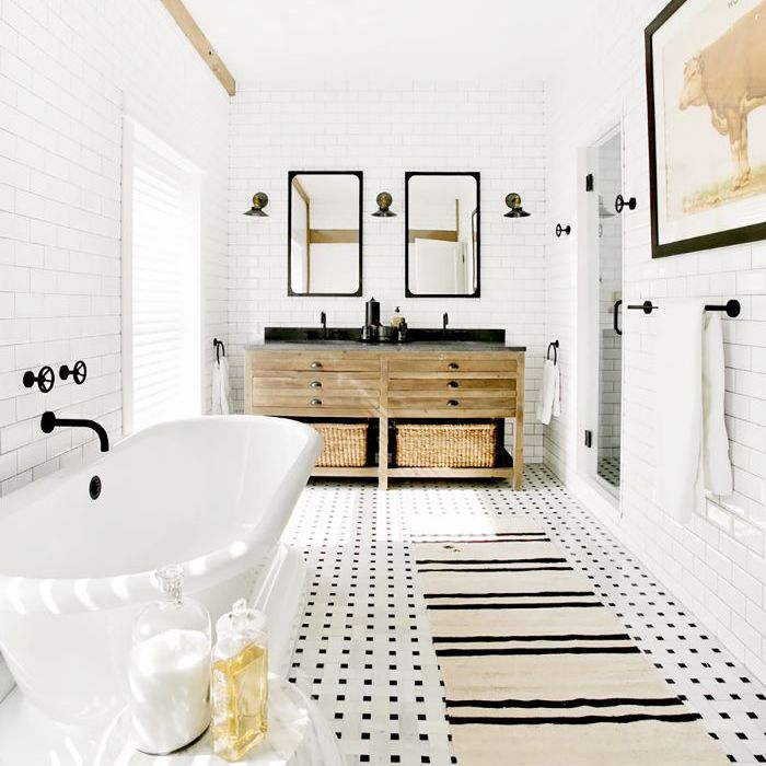 12 Beautiful Bathroom Mirror Ideas