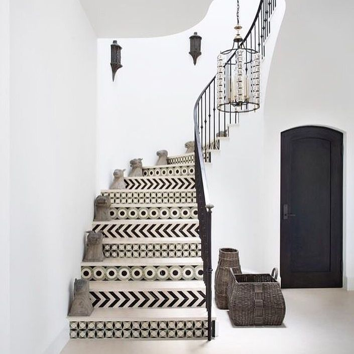 Stairway with patterned steps