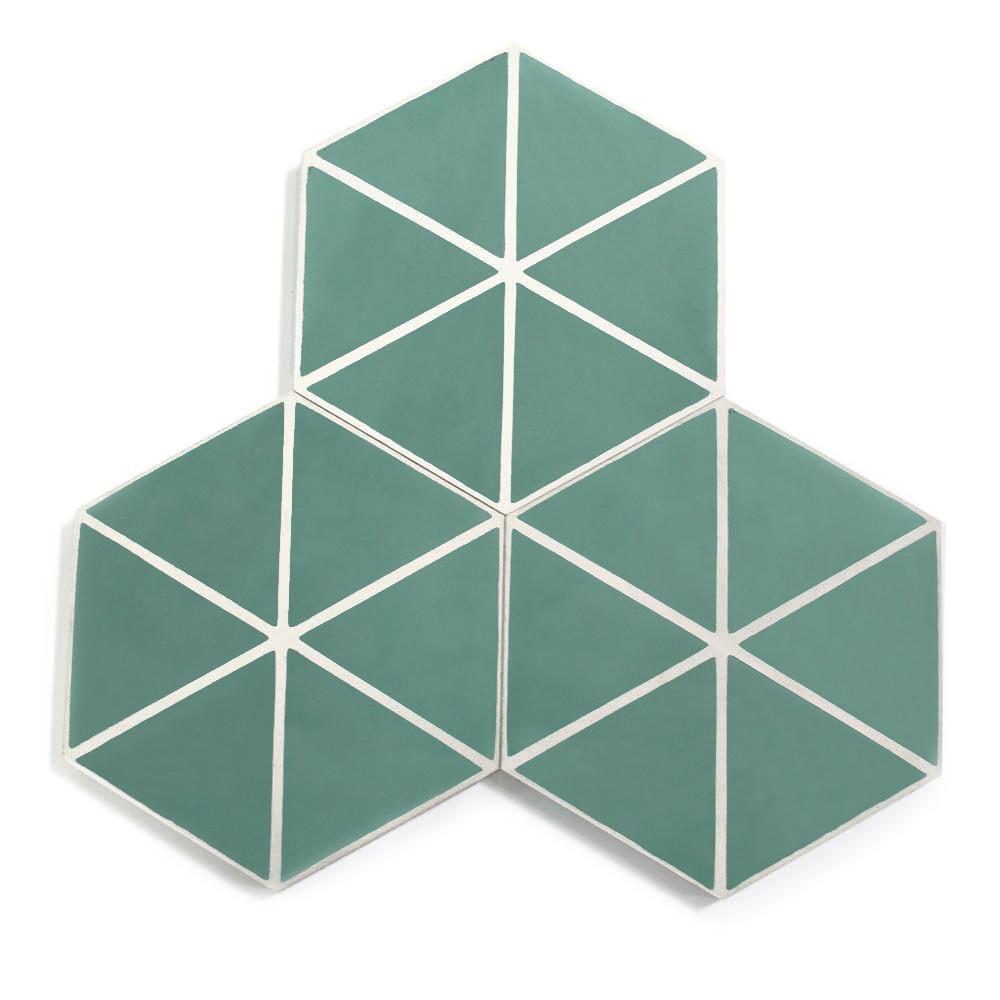 Pruebe las losetas de ángulo hexagonal: ideas de losetas de baño