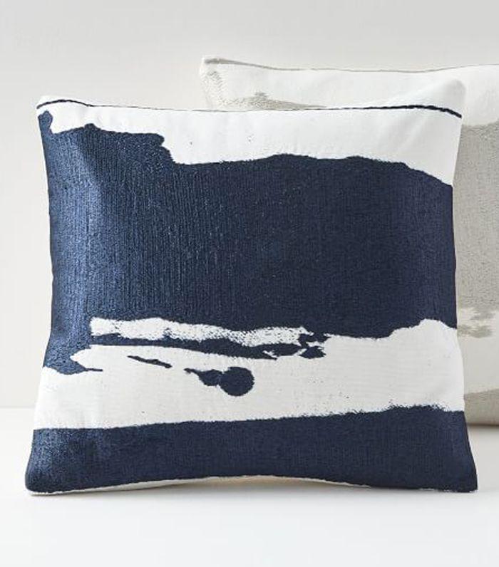 buying furniture Pillow online