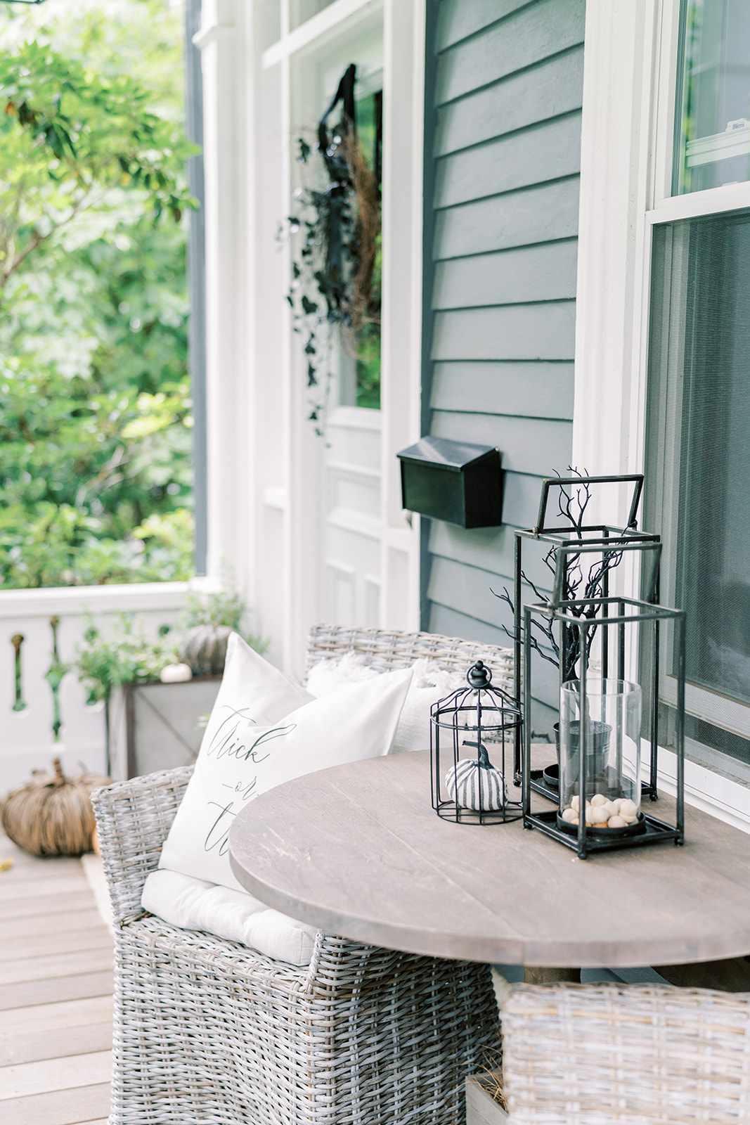 Porch with halloween decor