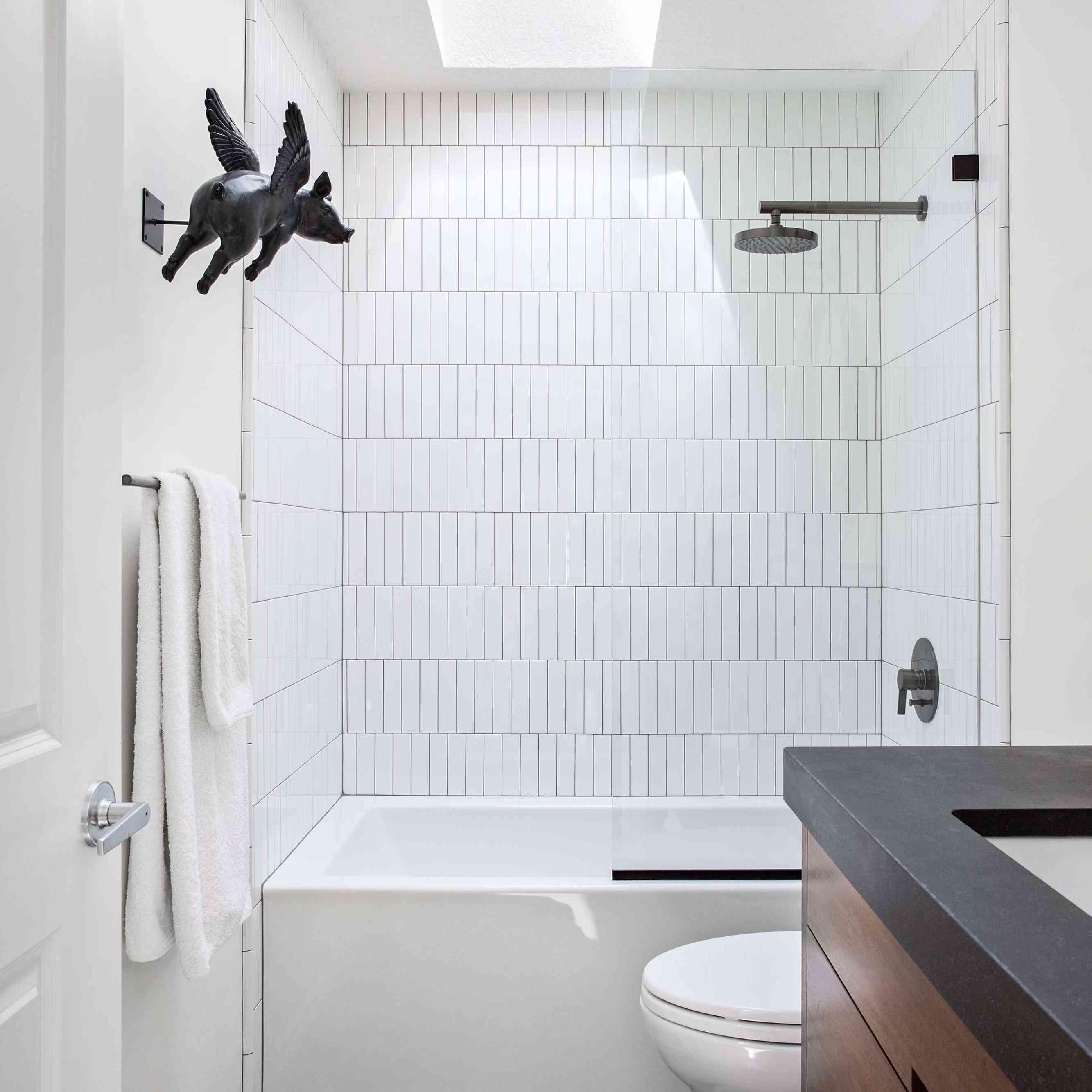 20 Modern Farmhouse Bathroom Ideas