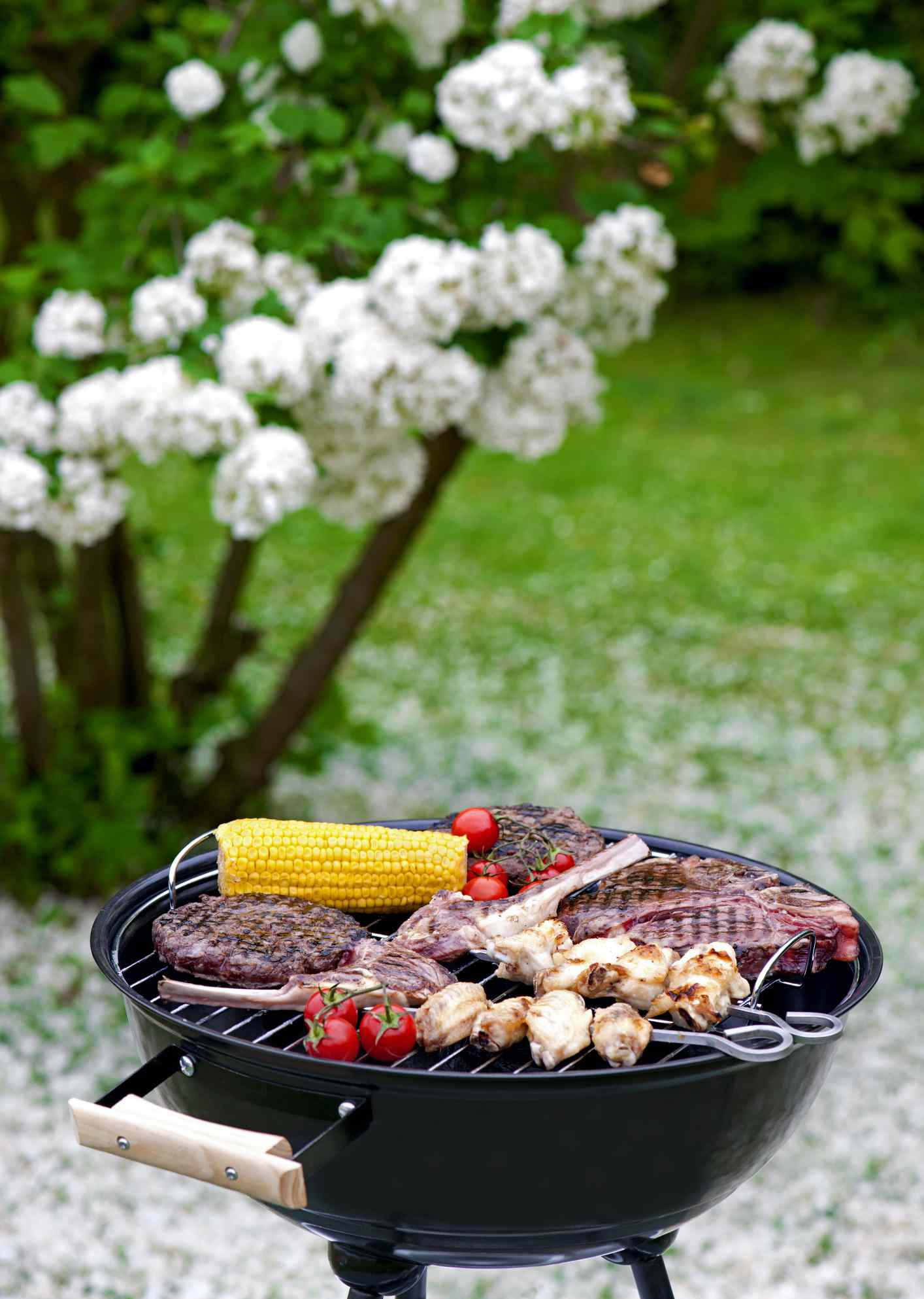 how to clean a grill - clean grill with fresh food