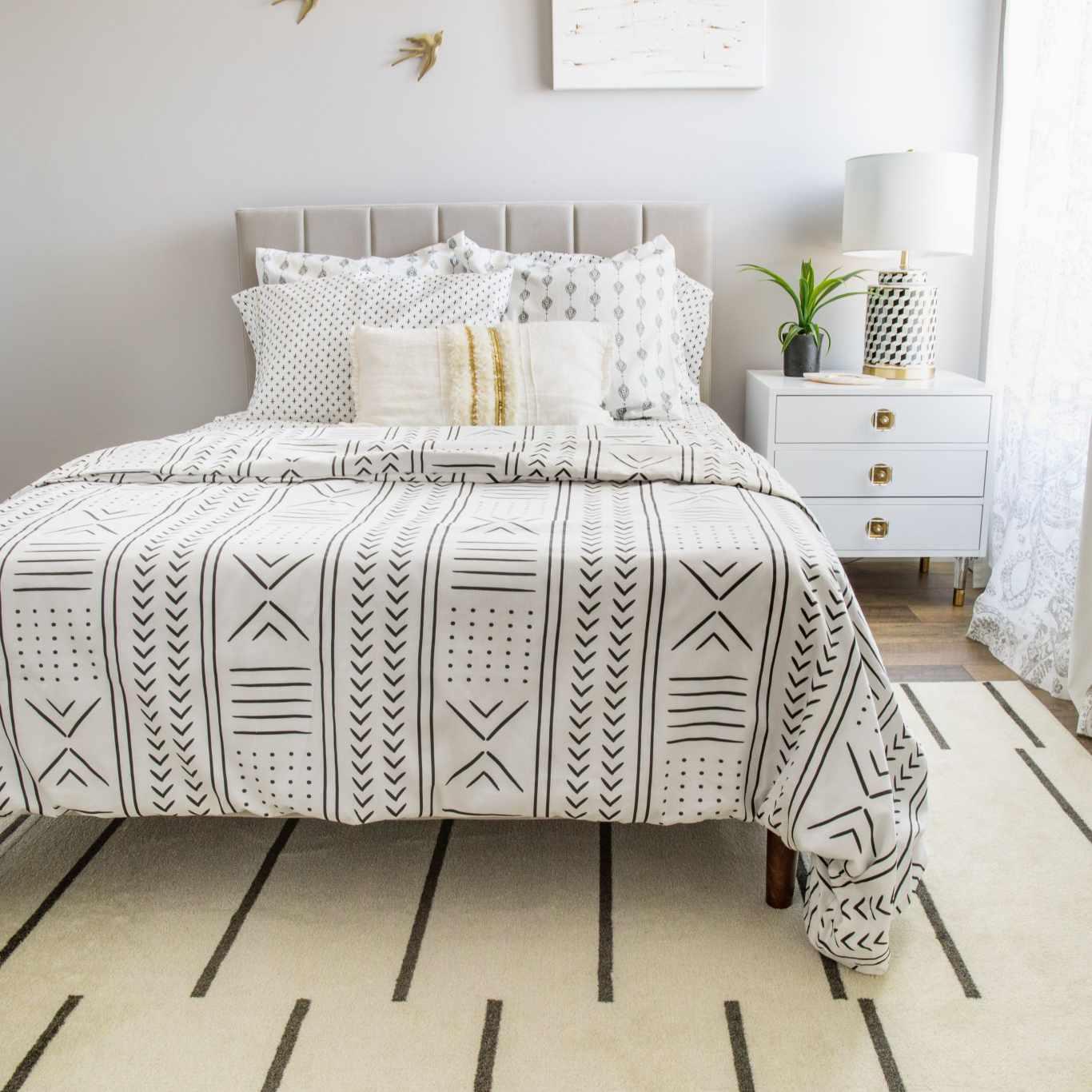 Dormitorio glam escandinavo